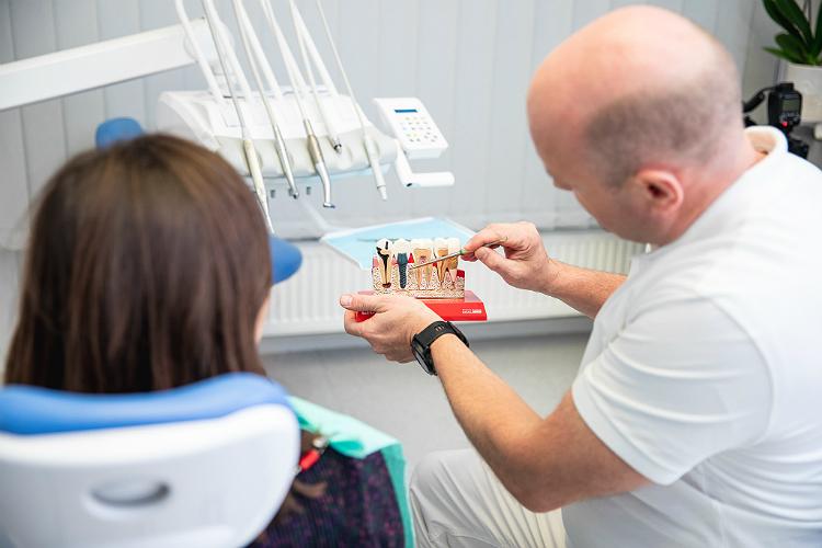 Implantavimas (nuotrauka)